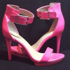 Stunning Hot Pink Patent Leather Platform Heels